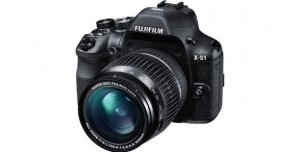 Fujifilm X-S1 12MP EXR CMOS Digital Camera with Fuijinon F2.8 to F5.6 Telephoto Lens and Ultra-Smooth 26x Manual Zoom