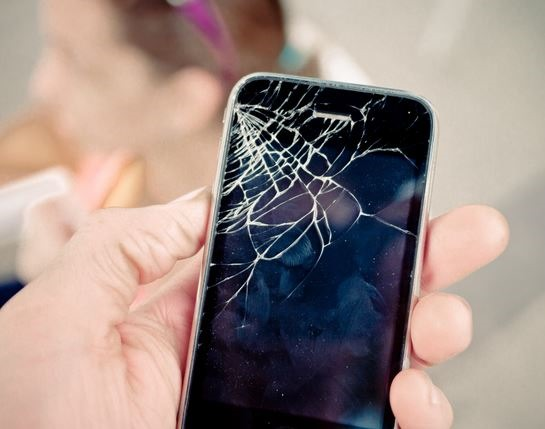 Three Ways to Fix Your Mobile Devices After Breaking the Touch Screen 1