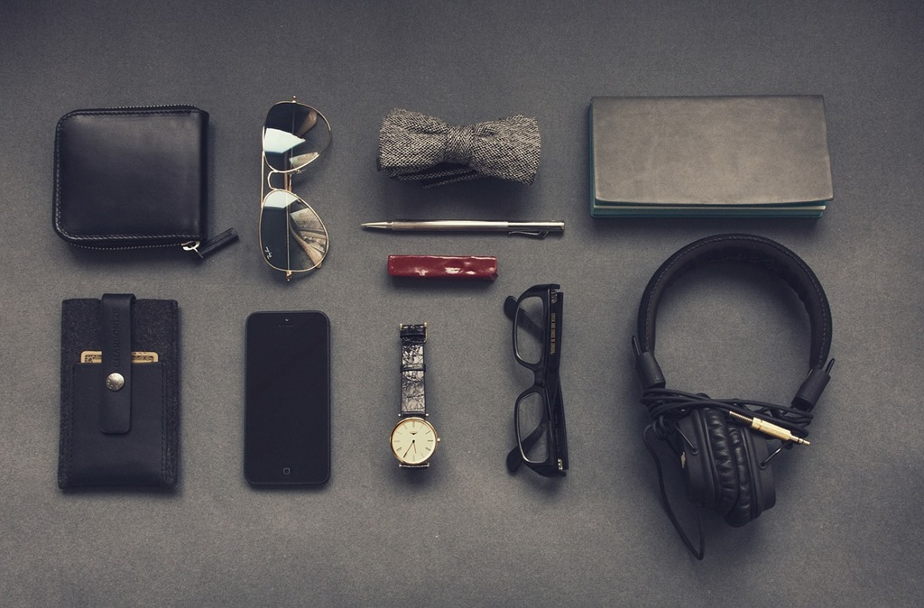Five Essentials to Have When Traveling With Gadgets 4